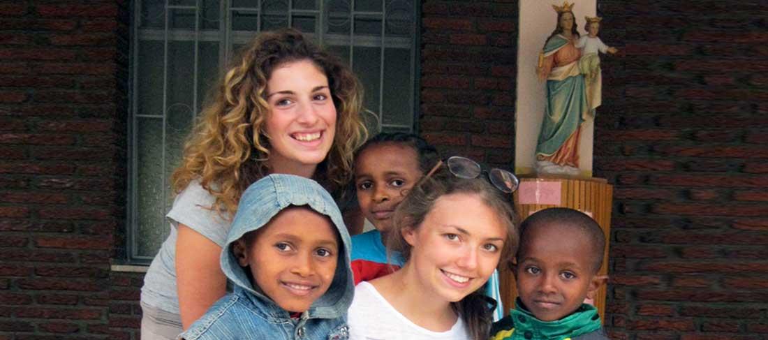 Chiara e Silvia da Addis Abeba
